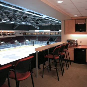 Suite to ice photo